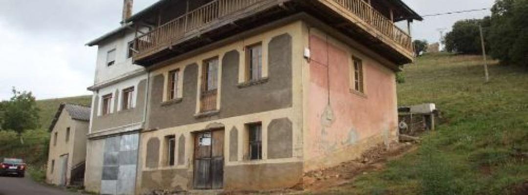 6 Habitaciones ,2 Baños,Casa Baja,1467